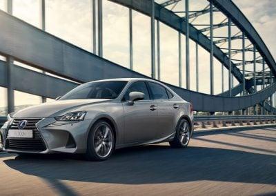 Lexus IS_hybrid