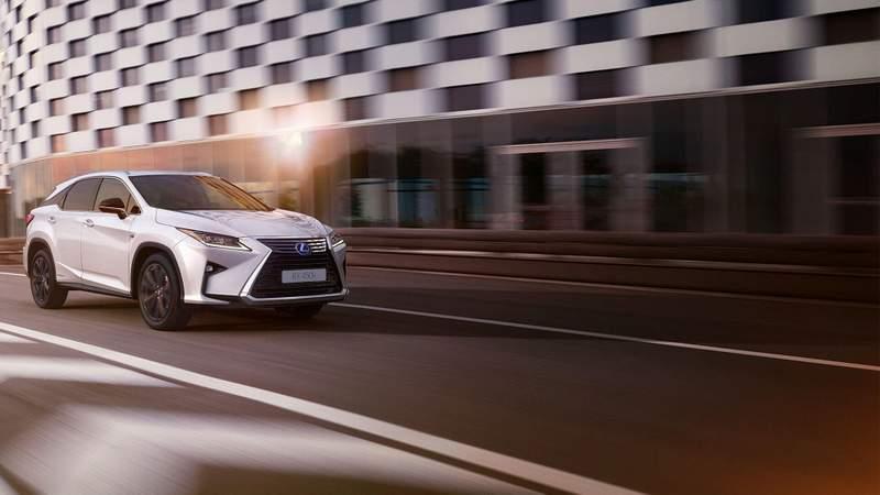 Hét lenyűgöző részletet mutatunk az új Lexus RX-ből