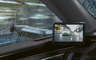 Digitális visszapillantó segíti a Lexus ES vezetőjét
